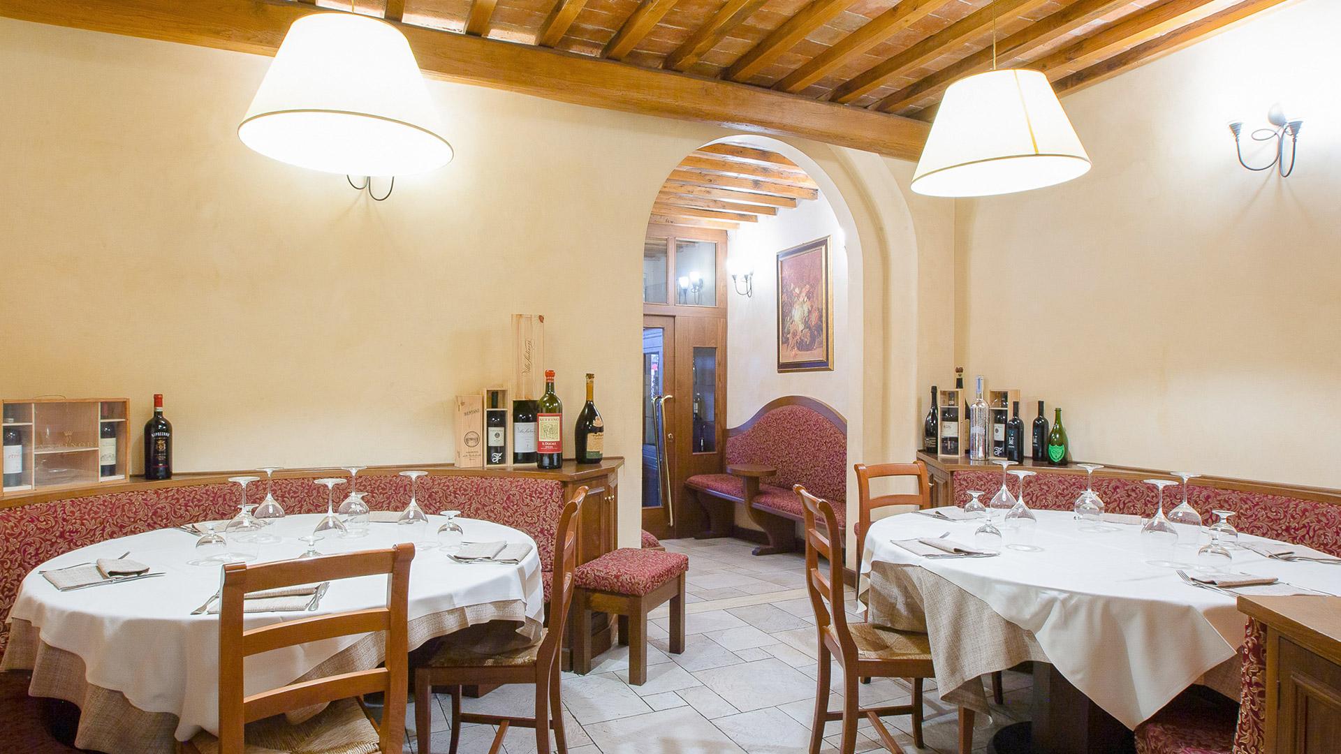 sala3-ristorante cucina tipica toscana Giglio Rosso